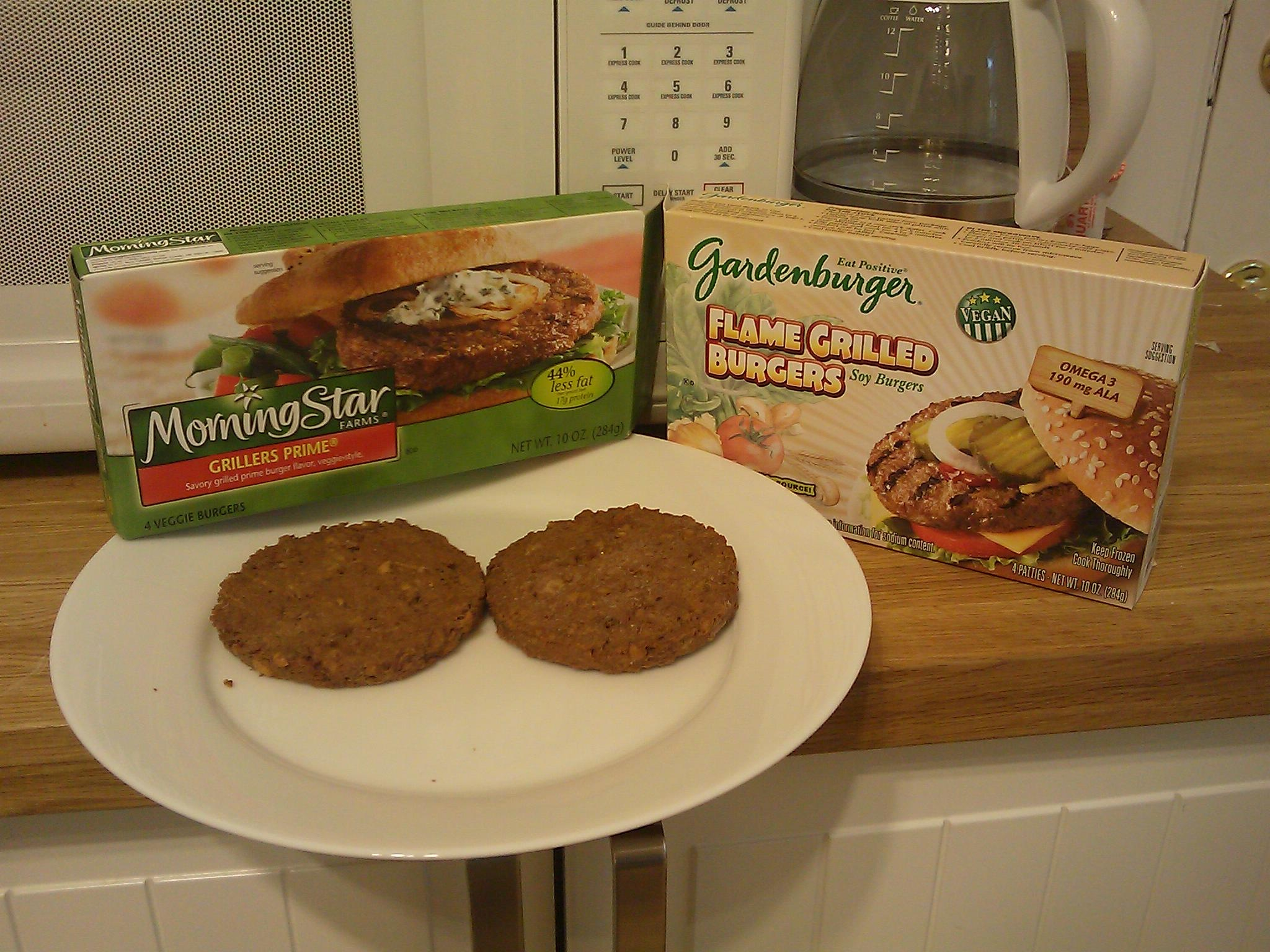 veggie burger showdown MorningStar vs Gardenburger Kevins Blog