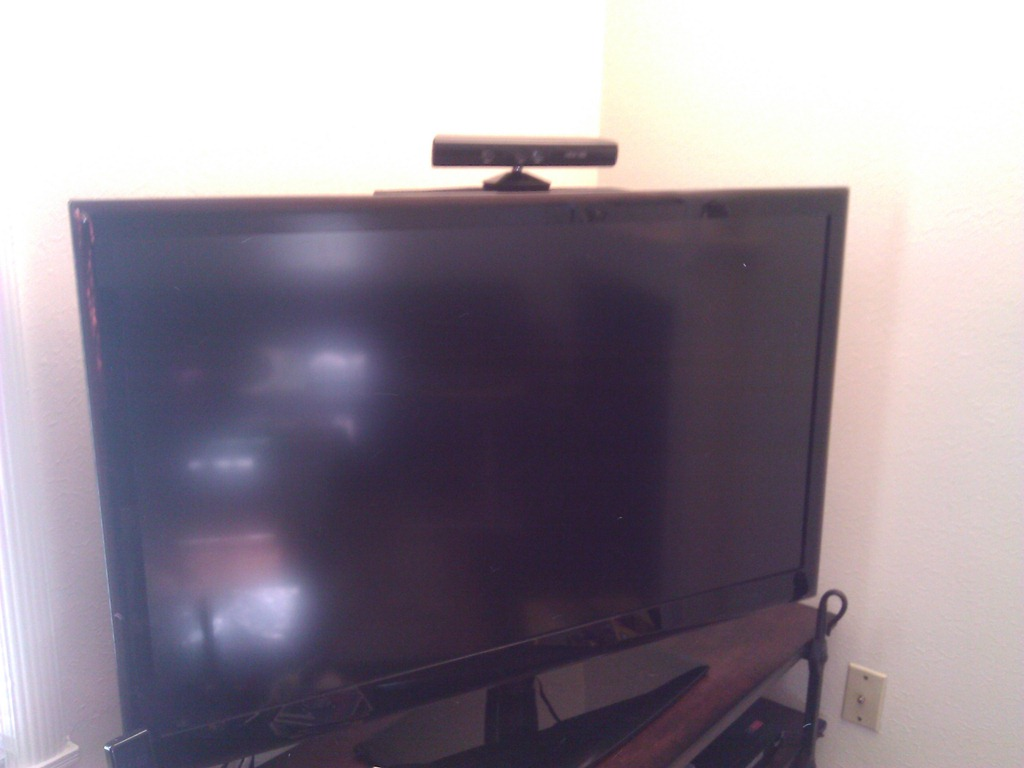 flat panel tv shelf for xbox kinect kevin 39 s blog. Black Bedroom Furniture Sets. Home Design Ideas